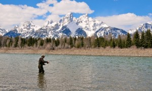 635891780231576222479624780_48_Ap08T_Jackson_Hole_Fishing_Guides_md